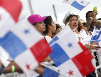 Panama City Throws World Class Party For Historic Canal Opening