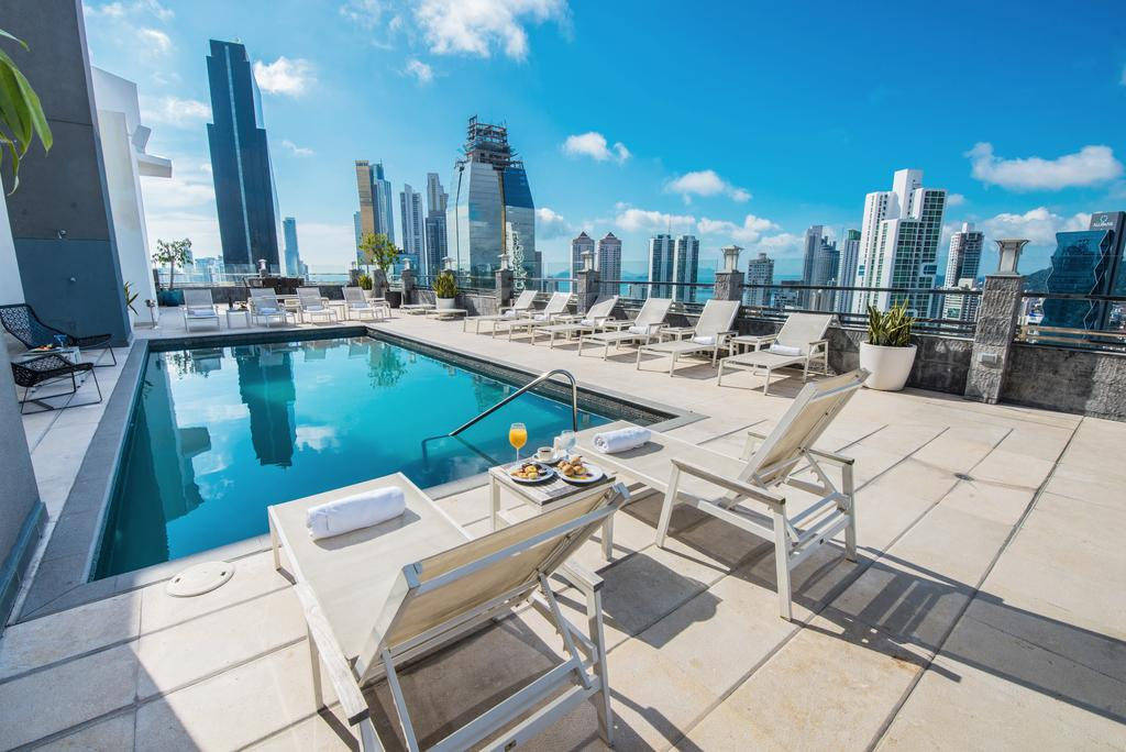 10 Amazing Panama City Hotels Under $100/Night