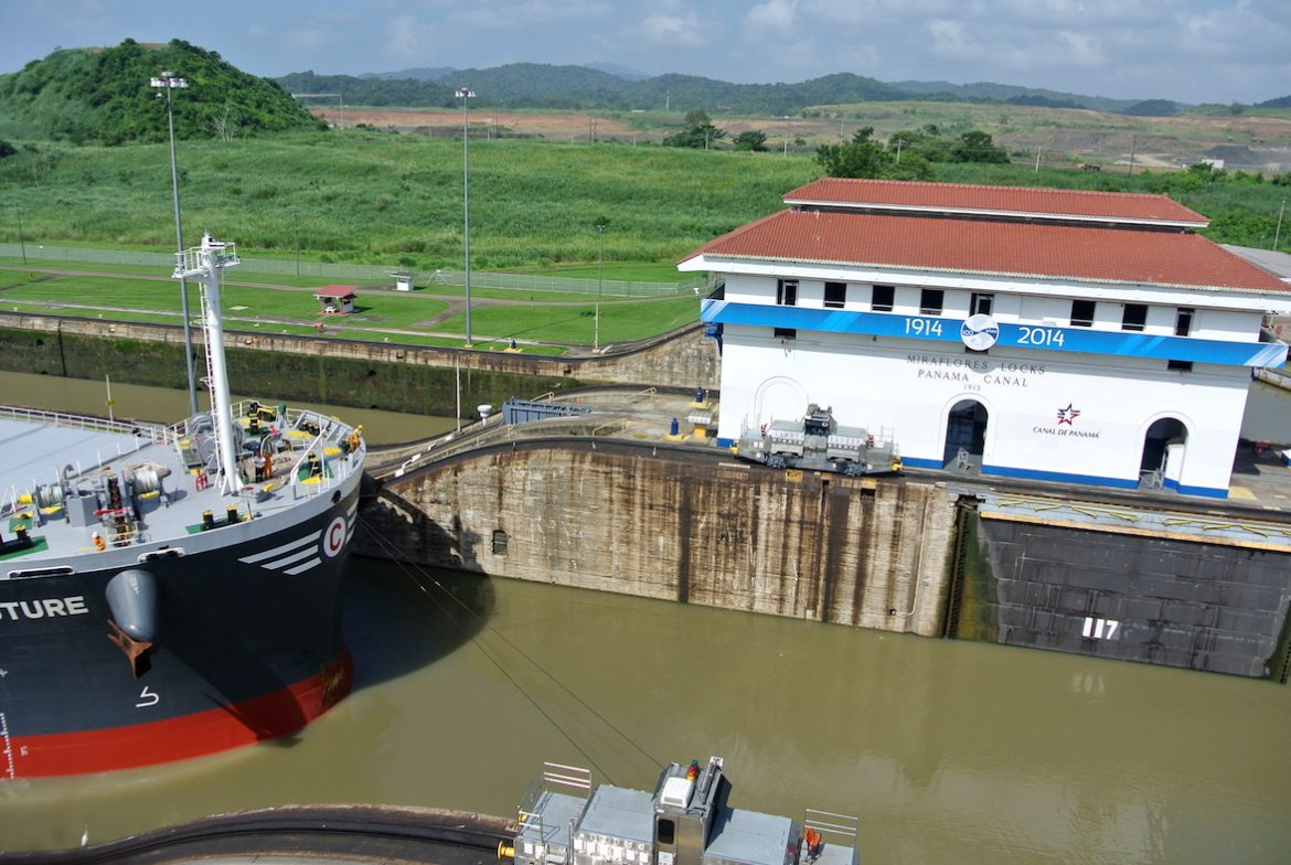 How To Properly Visit The Panama Canal